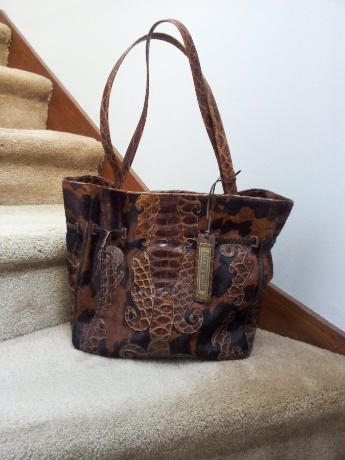 What's 'sharif marc & marc cowhide and crocodile bag made in brazil' Worth? Picture