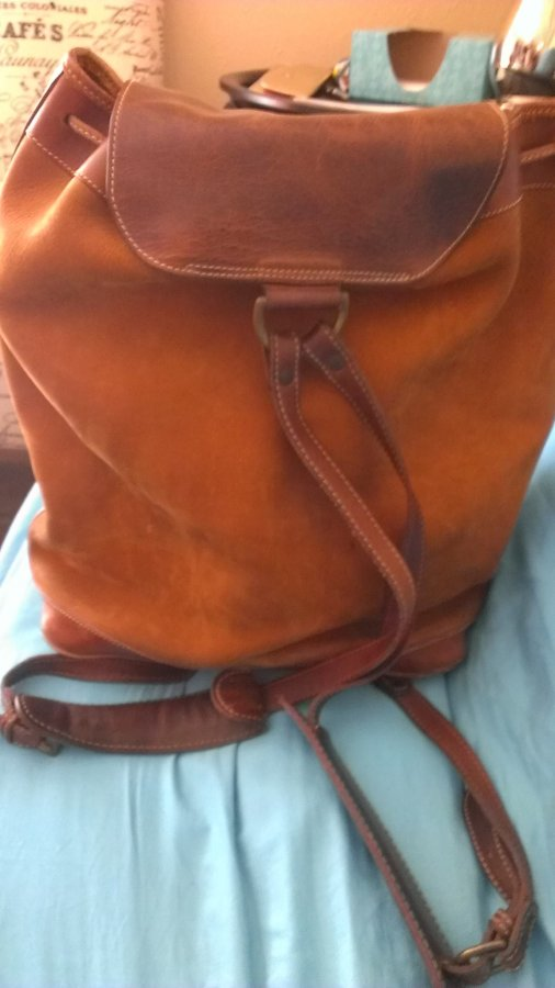 What's 'Timberland brown leather backpack' Worth? Picture