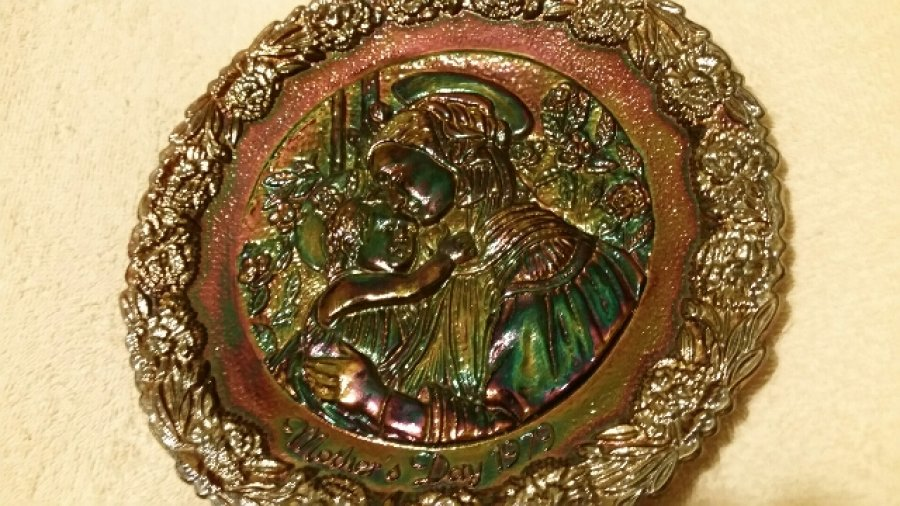 What's 'fatima virgin mary mothers day plate 1977, 1978, and 1979 Worth? Picture