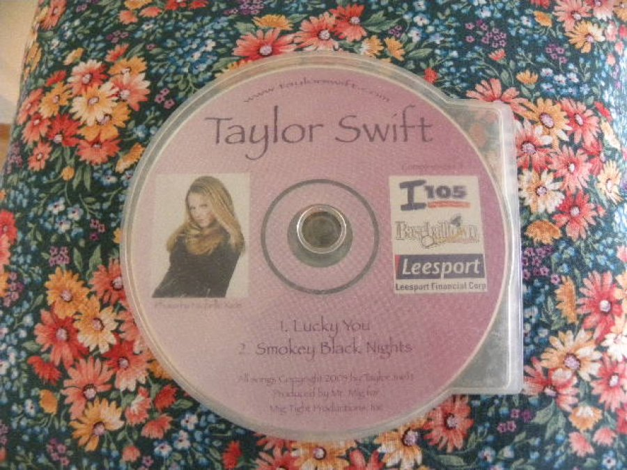 What's 'Taylor Swift 2003 original' Worth? Picture