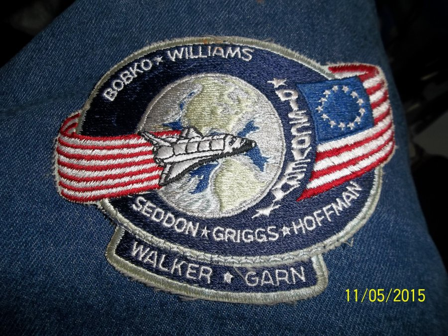 What's 'shuttle discovery iron on patch' Worth? Picture