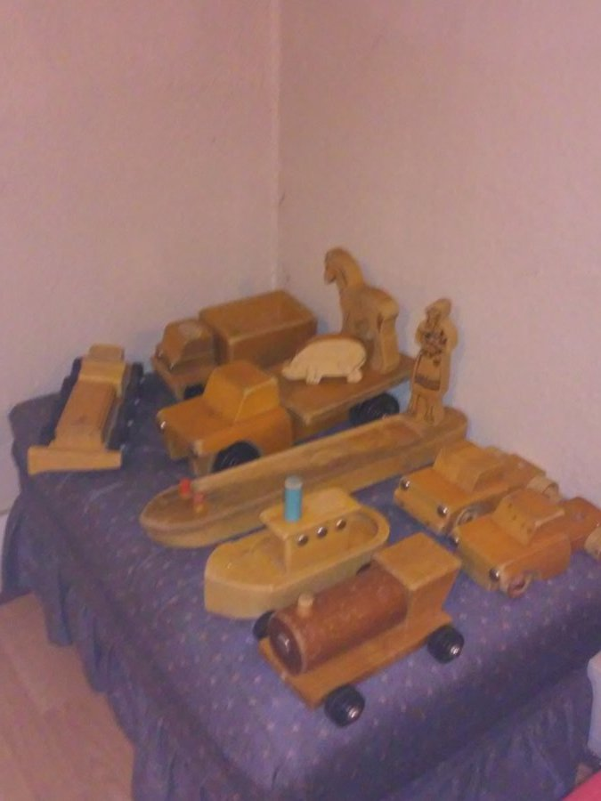 What's 'vintage wooden toy trucks community rifton ny' Worth? Picture