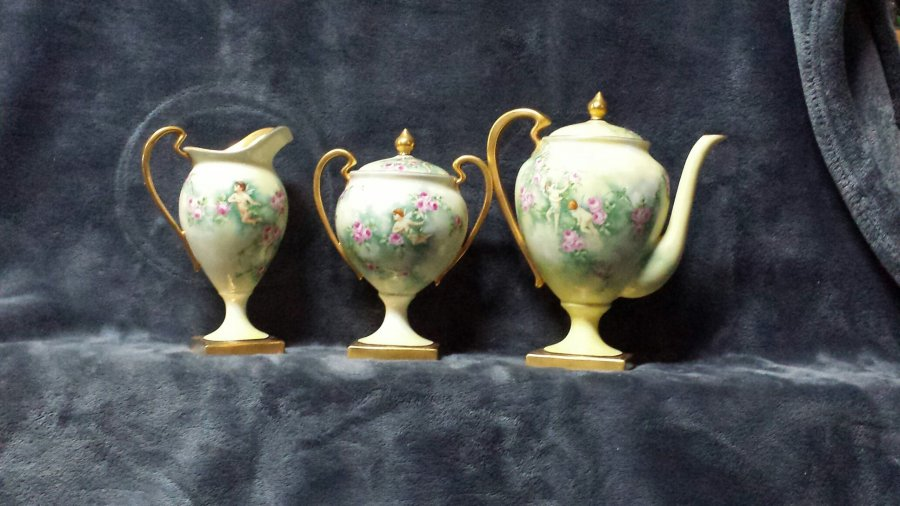 What's it worth 3 piece serving set Limoges france Picture
