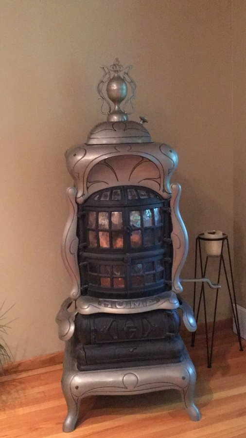 Parlor stove Picture