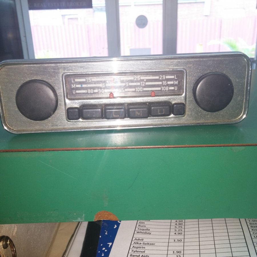 What's 'blaupunkt vintage car radio' Worth? Picture