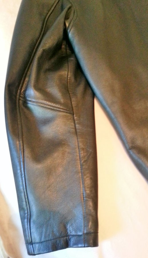What's 'oscar leopold lambskin leather jacket large' Worth? Picture