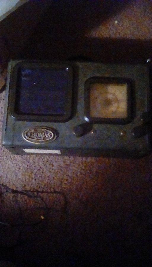 What's 'Thomas Millinnium Series Radio Serial Number 4002' Worth? Picture
